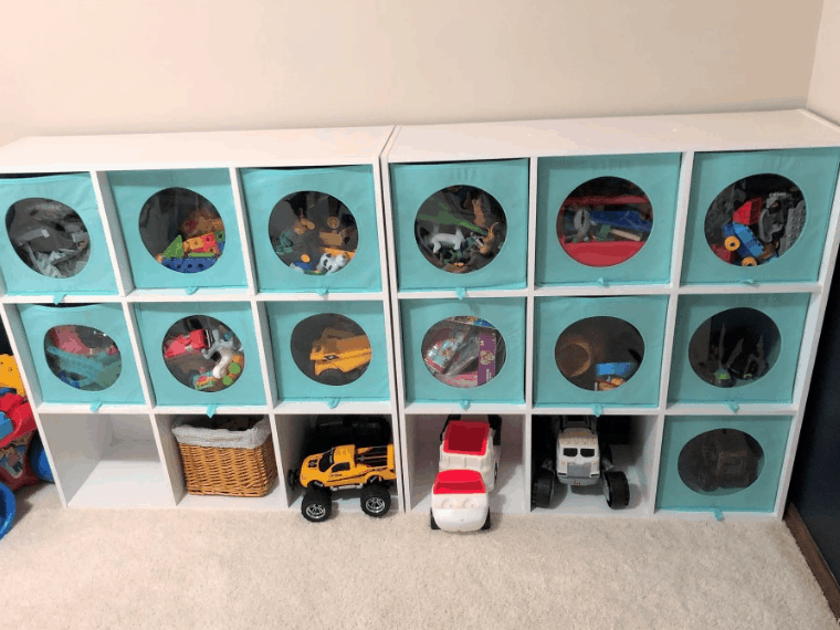 Have a ton of toys but don't know where to start? Read this post to learn how to quickly and easily sort through toys.